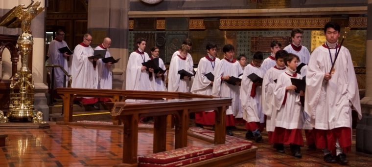 cathedral-choir-processes-in
